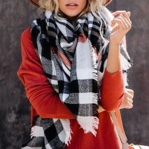 NWT Fall Autumn 🍂 Plaid Blanket Scarf Wrap Throw
